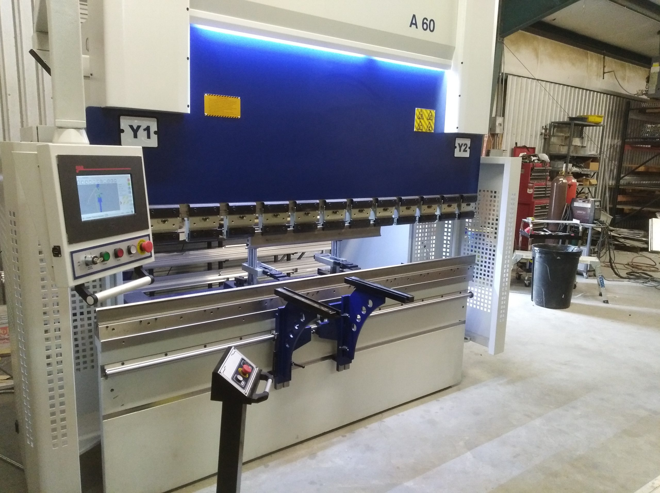 iBend A60-2600 hydraulic press brake